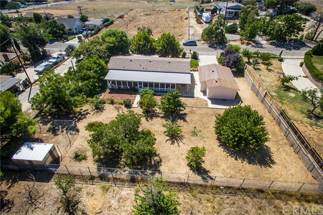 10280 Winesap Avenue, Cherry Valley CA: http://media.crmls.org/medias/8767052d-1b0a-4182-8628-6909f405e905.jpg
