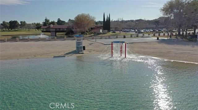 13330 Palos Grande Drive, Victorville CA: http://media.crmls.org/medias/876abb6f-9603-423e-892b-7a6134346440.jpg
