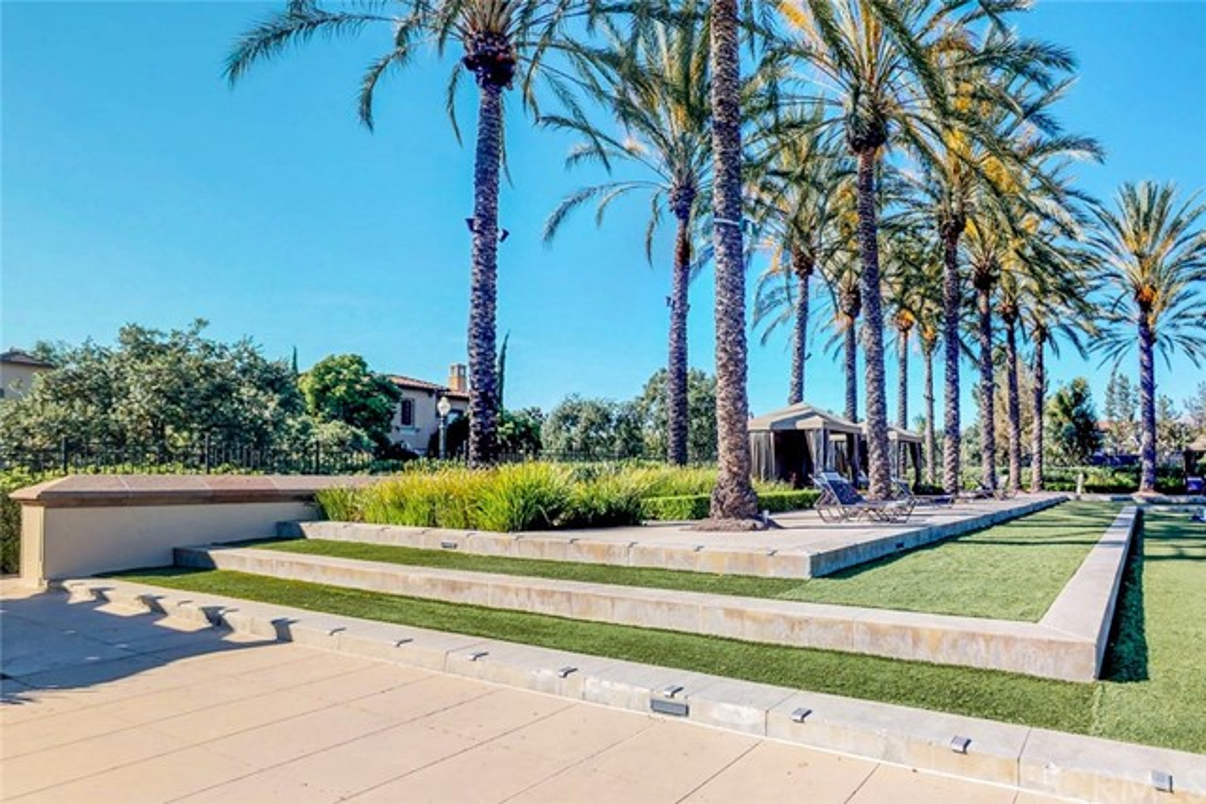 1306 Terra Bella, Irvine CA: http://media.crmls.org/medias/876e360a-5332-42d9-8d33-3e83cfae48d0.jpg