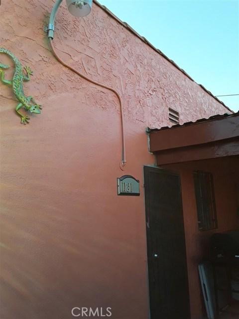 11213 S Central Avenue, Los Angeles CA: http://media.crmls.org/medias/877714aa-fd01-4a51-876b-2211798363c6.jpg