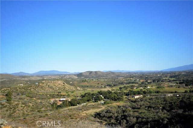 34634 Black Mountain, Temecula CA: http://media.crmls.org/medias/877d14b2-353a-4cc8-83bf-90e791ab5111.jpg