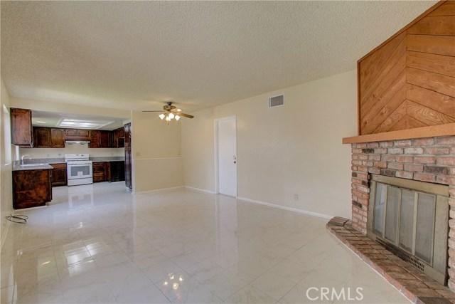 地址: 8541 Cedar Street, Bellflower, CA 90706