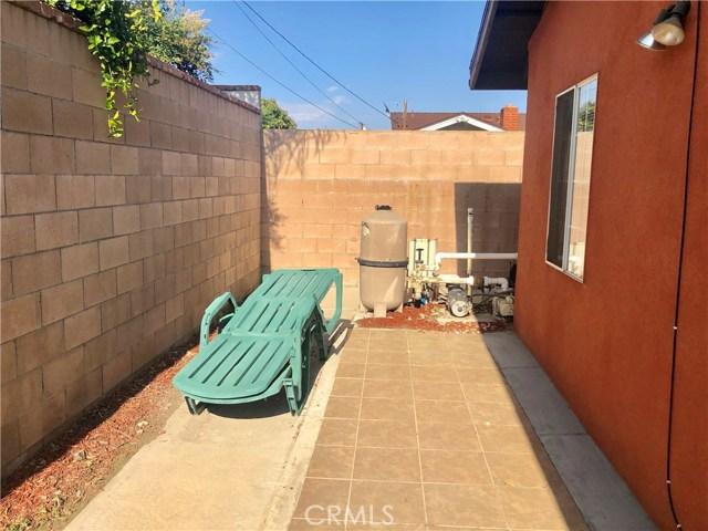 6196 Garfield Street, Chino CA: http://media.crmls.org/medias/87886041-8e97-46b3-84e6-d9743729d1ee.jpg