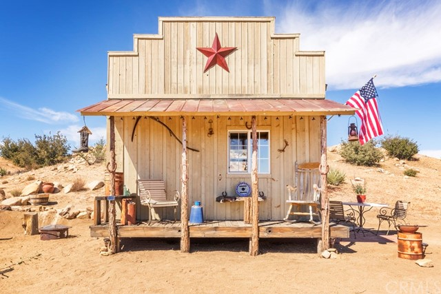51960 Saddle Ln, Pioneertown, CA 92268 Photo