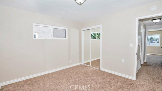 16241 Lassen Street, North Hills CA: http://media.crmls.org/medias/879f7d40-d190-4209-8c28-3e146f6aaa89.jpg