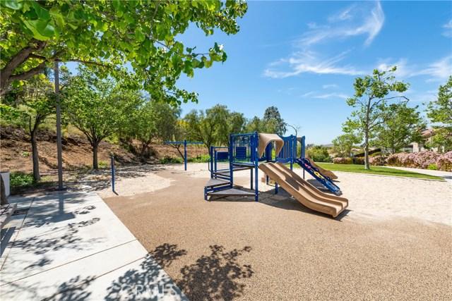 16289 Twilight Circle, Riverside CA: http://media.crmls.org/medias/87a29cba-ccb7-4582-8ecd-ebee96130fa1.jpg