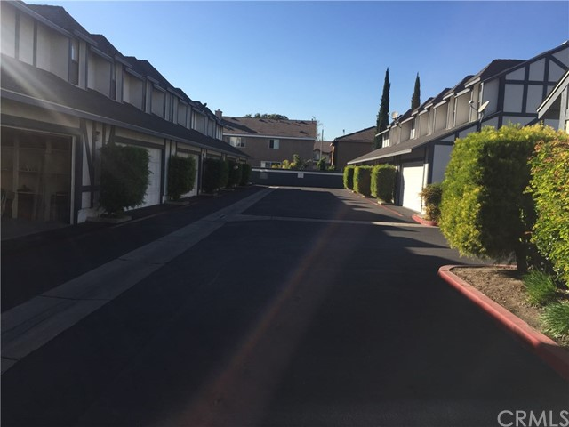 3087 W Cheryllyn Ln, Anaheim, CA 92804 Photo 12