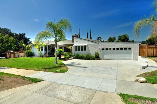 2501 Vista Laguna, Pasadena, CA 91103 Photo
