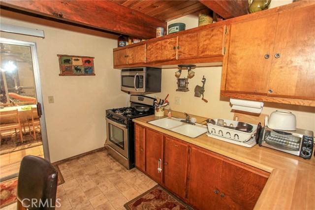 849 Vista Avenue Sugar Loaf, CA 92386 - MLS #: EV18119474