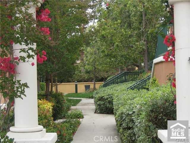 510 Marinella Aisle, Irvine, CA 92606 Photo 3