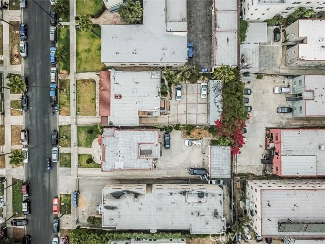 120 N Berendo Street, Los Angeles CA: http://media.crmls.org/medias/87dcccff-7977-45aa-a0c8-9dcd16729aa3.jpg