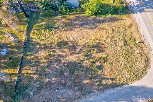 52830 Pine Drive, Oakhurst CA: http://media.crmls.org/medias/87dfb581-ee9a-43ab-8b09-ac26a81e73b3.jpg