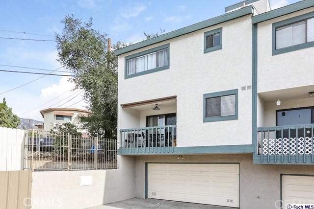 2809 Montrose Avenue, Glendale CA: http://media.crmls.org/medias/87e4eadf-32da-48a9-b414-9a22a3019ae7.jpg