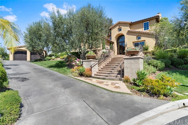 580 S Whispering Ridge Lane, Anaheim Hills, California