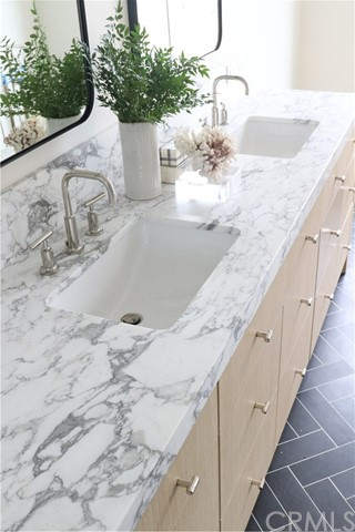 87f2735b-67c5-418a-b660-f521c592e812 719 Orchid Avenue, Corona del Mar, CA 92625 <span style='background-color:transparent;padding:0px;'><small><i> </i></small></span>
