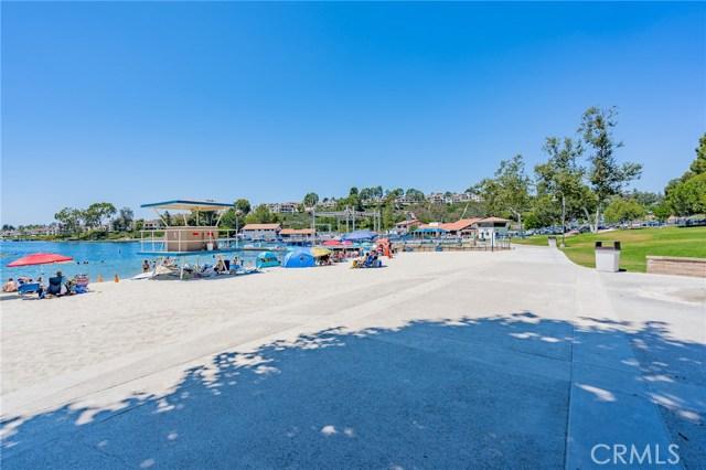 26441 Lombardy Road, Mission Viejo CA: http://media.crmls.org/medias/880173c9-3f0e-4d8c-b798-a7ff260f71ce.jpg