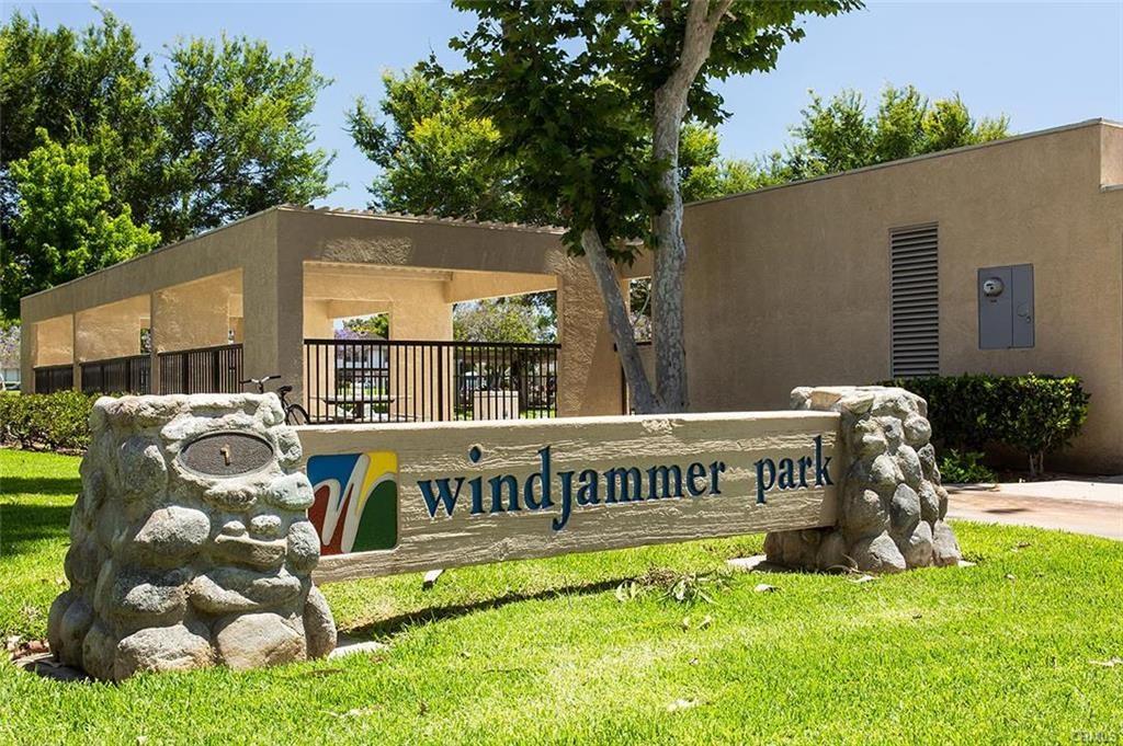4 Woodleaf, Irvine, CA 92614 Photo 16