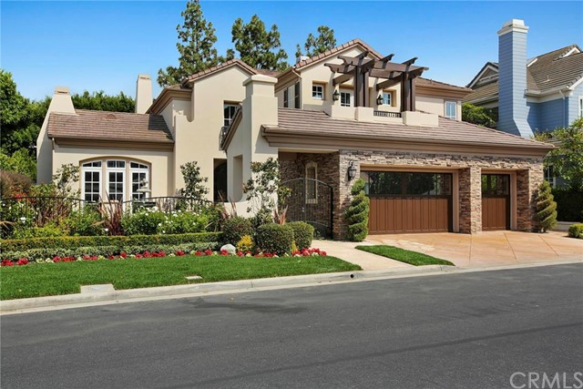 Single Family Home for Sale at 16 Gleneagles Newport Beach, California 92660 United States