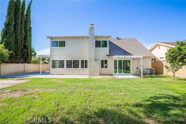 620 Highlander Avenue, Placentia CA: http://media.crmls.org/medias/880cb10a-75a1-4215-9ead-af085d202cc9.jpg
