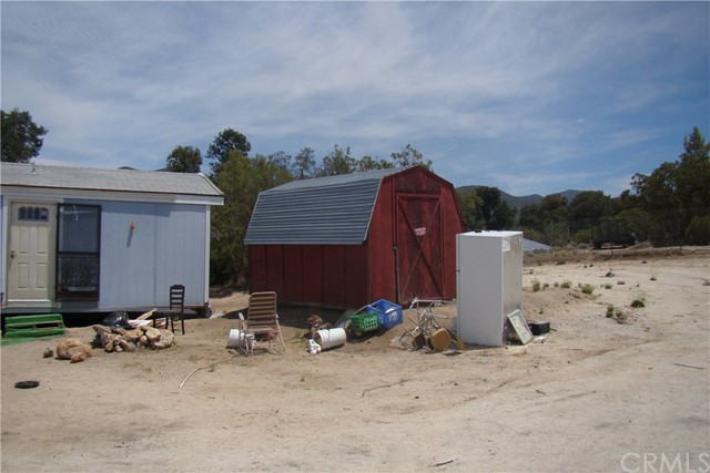 29812 Old Mitchell Camp Road, Warner Springs CA: http://media.crmls.org/medias/88134552-e184-4379-8428-a4f86b5ea86a.jpg