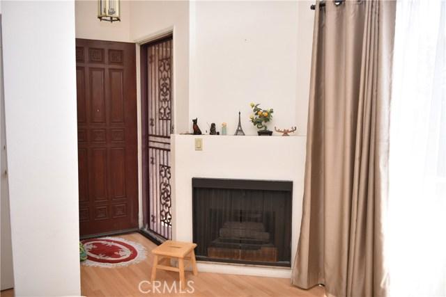 230 N Sierra Vista Street, Monterey Park CA: http://media.crmls.org/medias/88258748-d7df-4f42-9ec5-d24d6e56b649.jpg