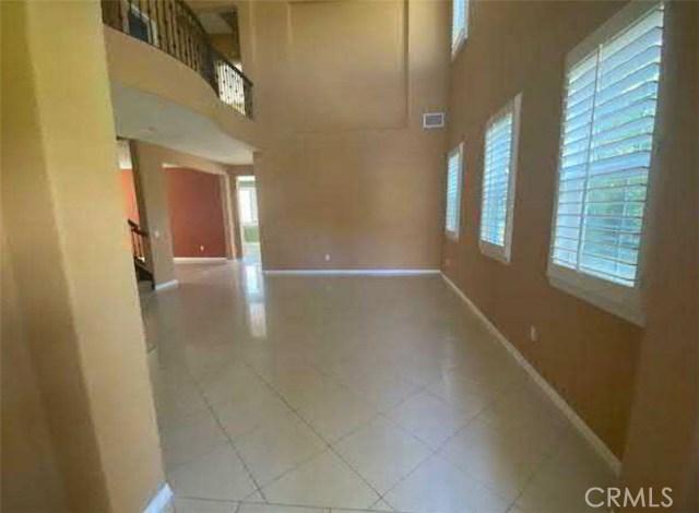 11339 Verdi Lane, Northridge CA: http://media.crmls.org/medias/882a04d2-f2ce-4186-833d-58b892abde8f.jpg