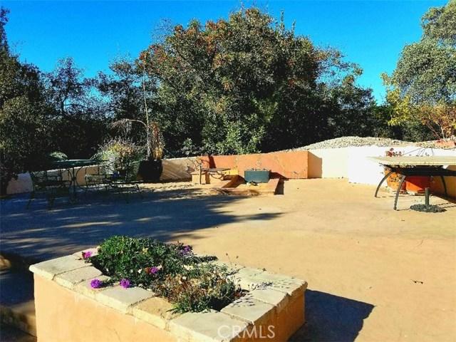 2000 Niderer Road, Paso Robles CA: http://media.crmls.org/medias/8831cc56-f17e-45d1-b276-914dcea4dffa.jpg