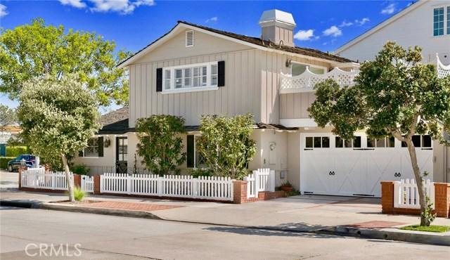 2001 E Balboa Boulevard, Newport Beach CA: http://media.crmls.org/medias/88346939-b395-44b5-bda1-562d44a7e2b4.jpg