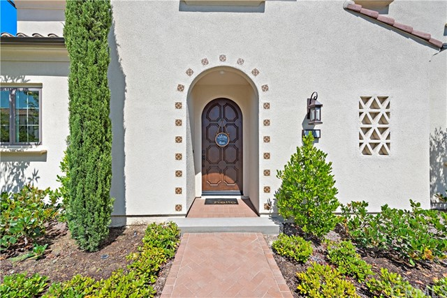 190 Villa Ridge, Irvine CA: http://media.crmls.org/medias/8845ff80-d321-442a-a3b4-c33a6f70b457.jpg