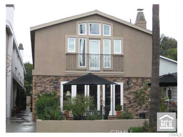 Condominium for Rent at 712 Goldenrod St Corona Del Mar, California 92625 United States