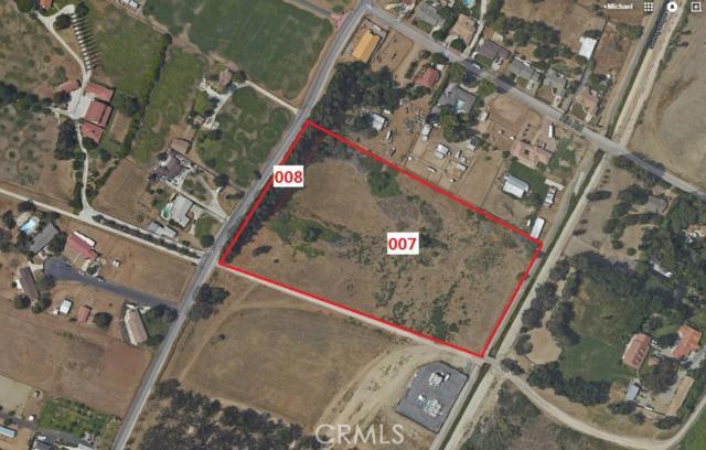 5214 Riverview Drive, Riverside CA: http://media.crmls.org/medias/884f8206-d820-498c-9dd3-0fe2a23f0896.jpg