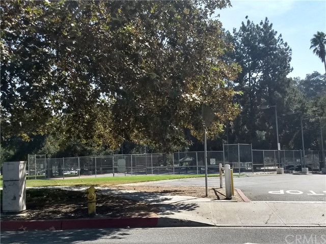 616 TEXAS Street, Pomona CA: http://media.crmls.org/medias/88503e84-3d35-48b1-89f7-2a21324e94ab.jpg