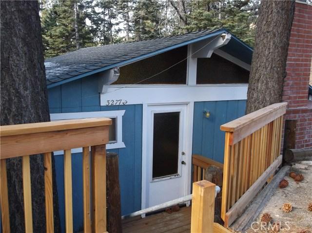 Maison unifamiliale pour l Vente à 32772 Cougar 32772 Cougar Arrowbear Lake, Californie 92382 États-Unis
