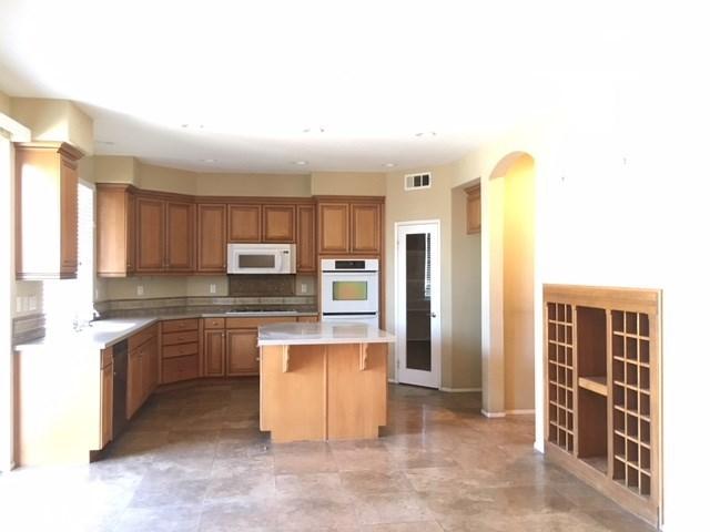 11 Via Scenica Lake Elsinore, CA 92532 - MLS #: SW18145860