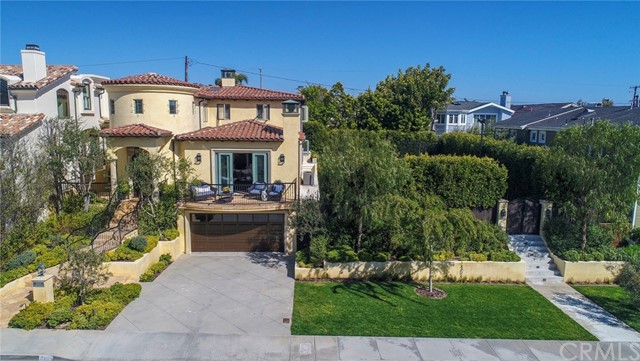 2104  Palm Avenue, Manhattan Beach in Los Angeles County, CA 90266 Home for Sale