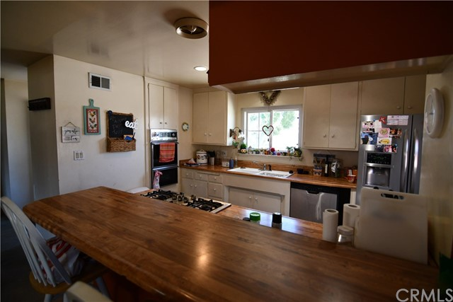 11432 Crissey Way, Garden Grove CA: http://media.crmls.org/medias/88855ee9-445b-4b06-8b83-96b8a830808d.jpg
