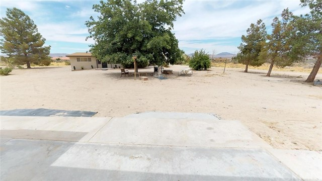 35935 Foothill Road Lucerne Valley CA 92356