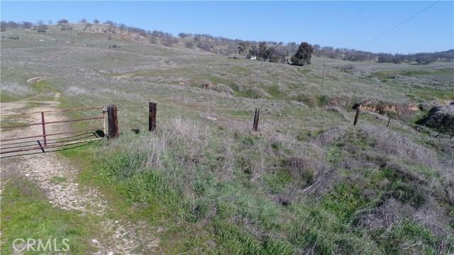 5014 Wilson Avenue, Hornitos CA: http://media.crmls.org/medias/888822e1-7911-496e-aa9c-edf735f21497.jpg