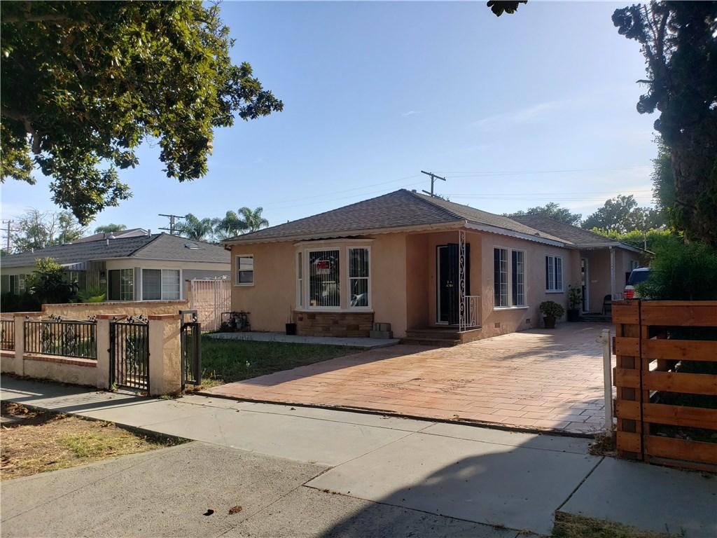 4069 Sawtelle Boulevard, Culver City CA: http://media.crmls.org/medias/888df717-ccb1-49aa-a37f-2760d00c81b4.jpg