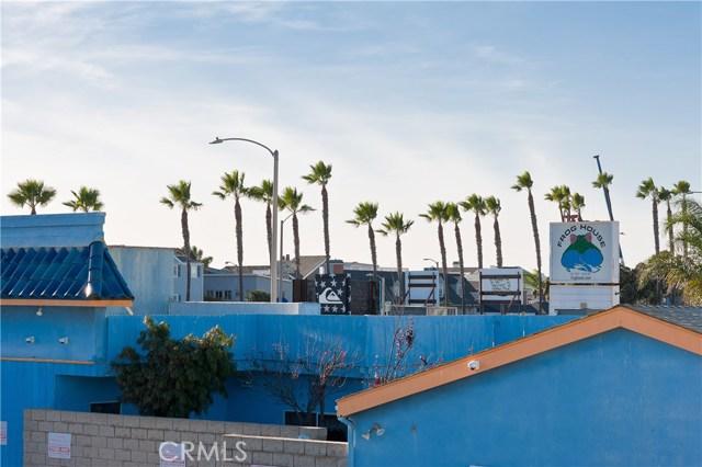 Photo of  Newport Beach, CA 92663 MLS NP17273909