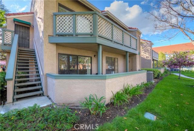 3503 W Greentree Circle, Anaheim CA: http://media.crmls.org/medias/88a66369-13d6-46e7-bd7b-7e0d75c56660.jpg