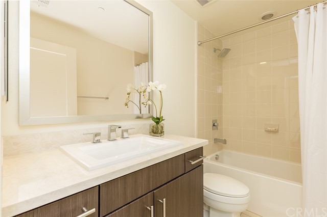 250 Rockefeller, Irvine, CA 92612 Photo 22