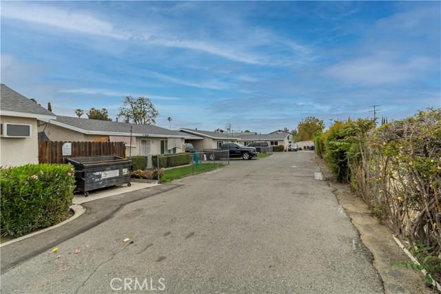 8150 Cypress Avenue, Riverside CA: http://media.crmls.org/medias/88b6a5f8-993c-4a9c-aa79-61d5bb15161f.jpg