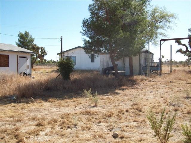 11232 Anderson Ranch Road, Phelan CA: http://media.crmls.org/medias/88b6ef7c-517a-4efe-96b0-fd60b824de05.jpg