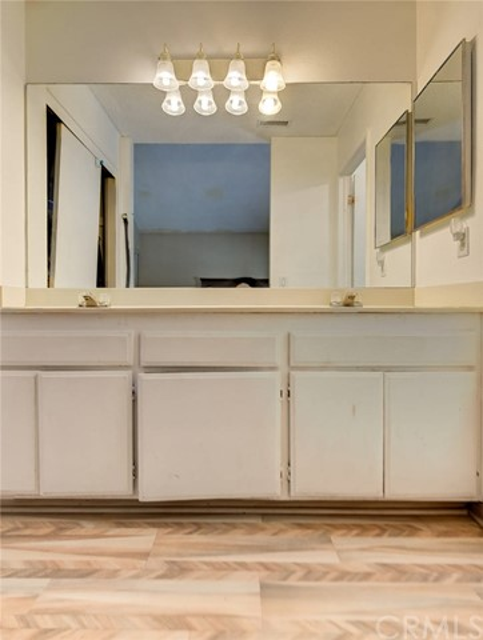 8373 9th Street, Rancho Cucamonga CA: http://media.crmls.org/medias/88b78eb9-bec3-4a03-ab69-cf533e0b0185.jpg