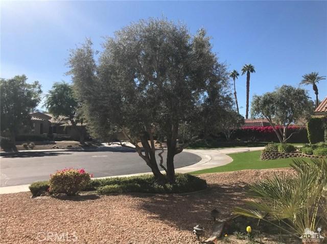 77528 Westbrook Court, Palm Desert CA: http://media.crmls.org/medias/88be405e-8008-49a1-8a11-370b97096589.jpg