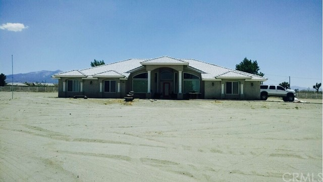 4095 Kreuer Road Phelan, CA 92371 - MLS #: IV17079458