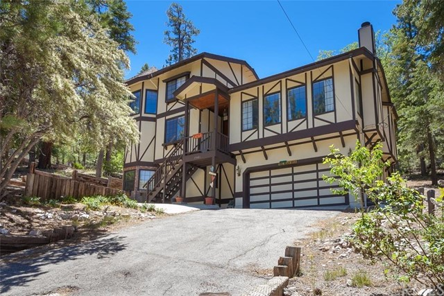 Single Family Home for Sale at 39486 Raccoon Drive Fawnskin, California 92333 United States