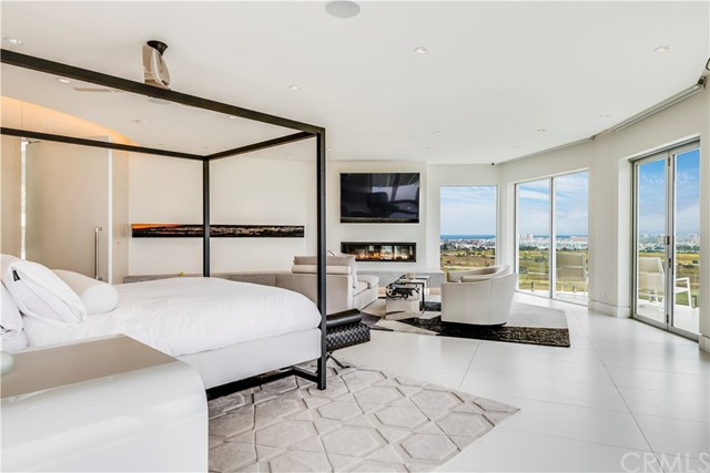 7816 Berger Avenue, Playa del Rey CA: http://media.crmls.org/medias/88d4df88-40fb-4839-82a8-2ea79ec22503.jpg