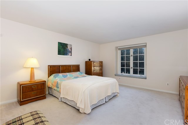 737 Quail Valley Lane, West Covina CA: http://media.crmls.org/medias/88d91eab-6f43-469f-b376-ab58fb3db407.jpg